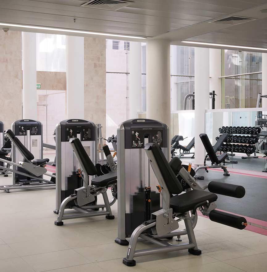מרכז ספורט בירושלים - חדר כושר, בריכת שחייה