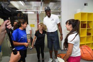 ביקור שחקני כדורסל במרכז ספורט ימקא