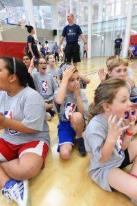 חוג כדורסל במרכז ספורט בירושלים